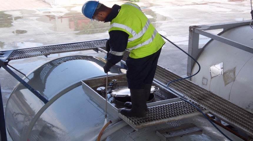 شركات تنظيف خزانات المياه في تبوك